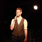 Late-Night-Comedy: Tim Whelan