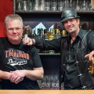Advents - Mitsingparty mit Two And A Half Guitars