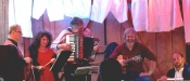 Frisch gereinigte Folkmusik aus NordOstSüdWest
