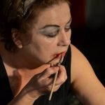Brigitte Peters in 'Diven sterben einsam (und erst, wenn sie gut ausgeleuchtet sind)'