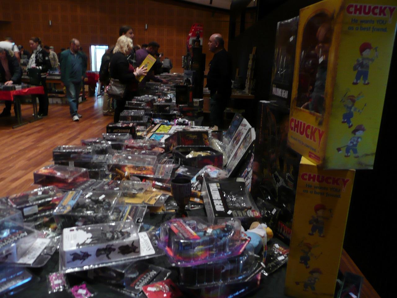 Schallplatten- & CD-/DVD-/Comic-Börse