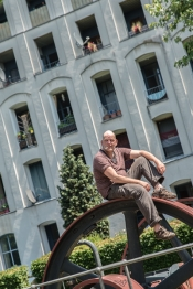 Theatrale Stadtteilerkundung: Böllen – irgendwas mit Büchern von distriktneun und wehrtheater