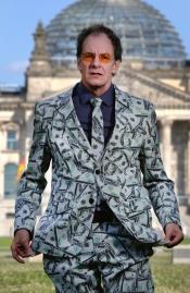 Chin Meyer | Macht! Geld! Sexy?