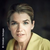 Anke Engelke trifft Iris Berben - 10. Poesie & Literatur Festival 2019