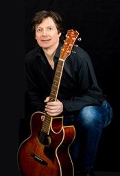 Frank Schmidt - Eine Gitarrenperformance