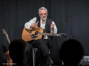 Em Huisken: Lieder von gestern und morgen | Ein besinnlich-nachdenklicher Liederabend