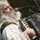 in concert: Squezzebox-Teddy, der letzte lebende Troubadour