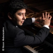 Behzod Abduraimov, Klavier