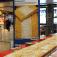 Der längste Streuselkuchen im Hauptbahnhof Köln