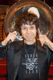 The Big Gong - Gongkonzert mit Peter Heeren