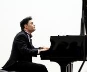 Klavier virtuos mit Pervez Mody
