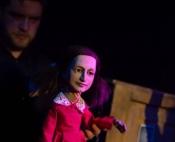 Anne Frank - Figurenspiel im Begleitprogramm zur Ausstellung Lasst mich ich selbst sein