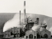 """Analogien – Bernd & Hilla Becher, Peter Weller, August Sander"" und ""Martin Rosswog: In Portugal"""