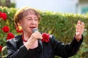 """Ruth Hohmann sagt """"Danke und Tschüss"""", Lukas spielt weiter ..."""
