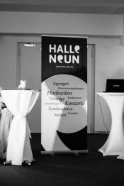 Halle Neun