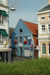http://www.hotel-gaestehaus-weiss.de