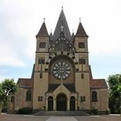 Kloster am Rande der Stadt