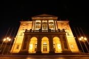 Mecklenburgisches Staatstheater, Großes Haus
