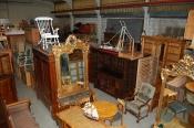 Großer Antiquitäten Lagerverkauf