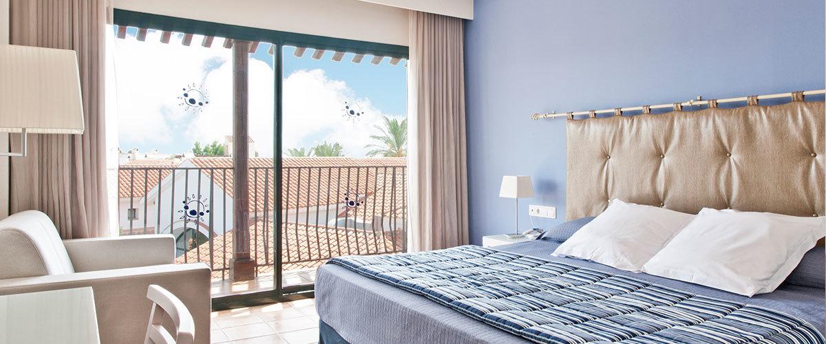 Habitaciones hotel portaventura portaventura world for Detalles en habitaciones de hotel