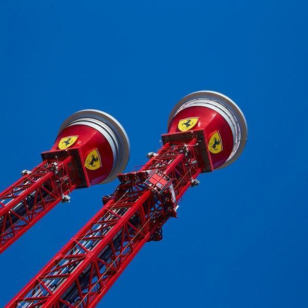 Torre De Caída Libre Ferrari Land