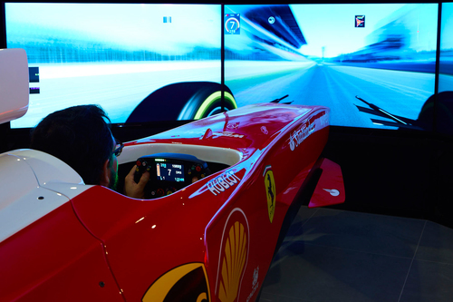 FERRARI LAND TIENDAS PHOTORIDE POLE POSITION CHALLENGE