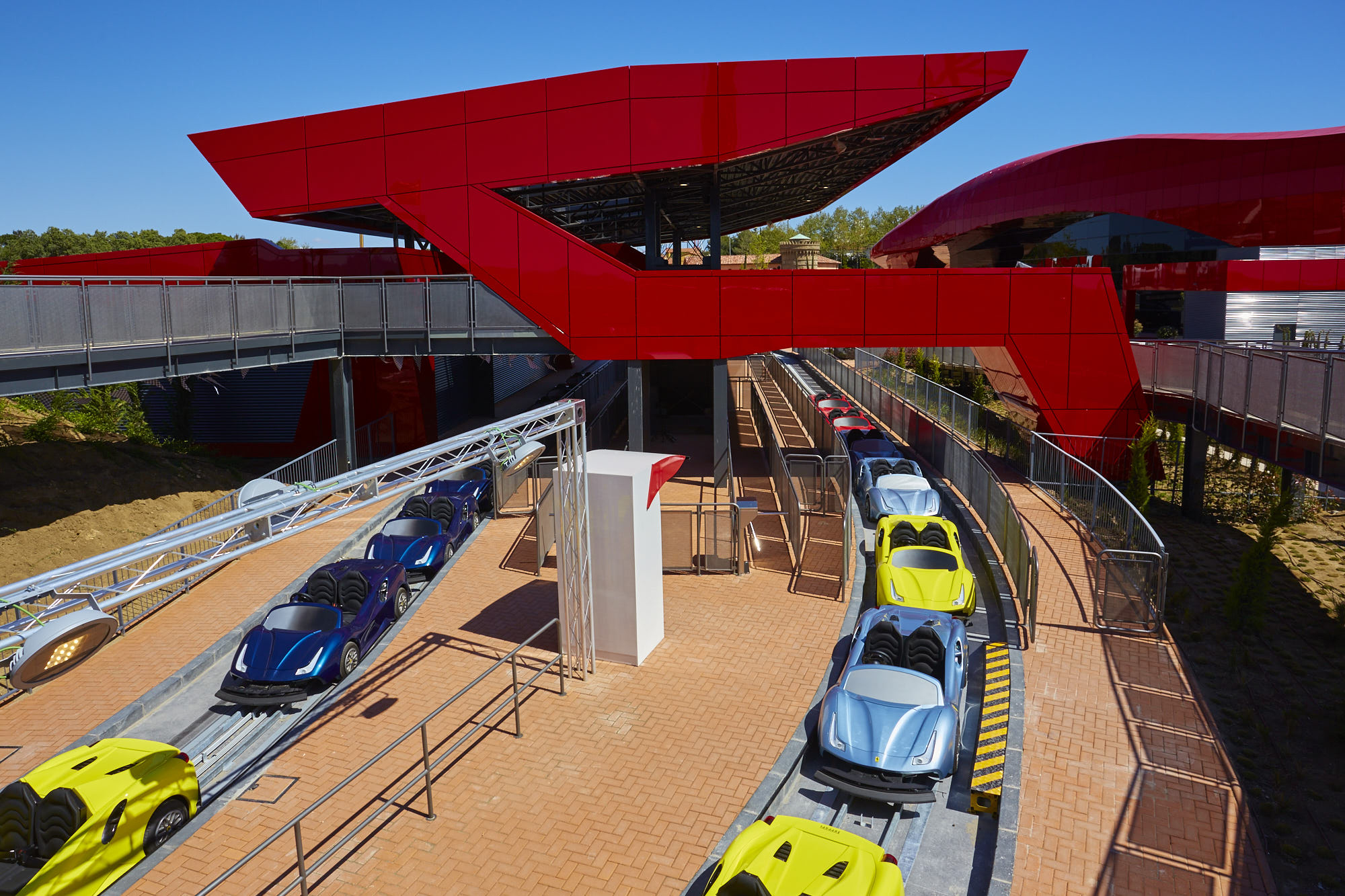 FERRARI LAND ATRACCIONES Y JUEGOS MARANELLO PRINCIPAL