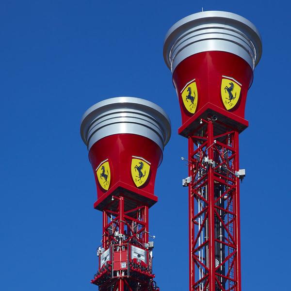 Torre de rebot Ferrari Land