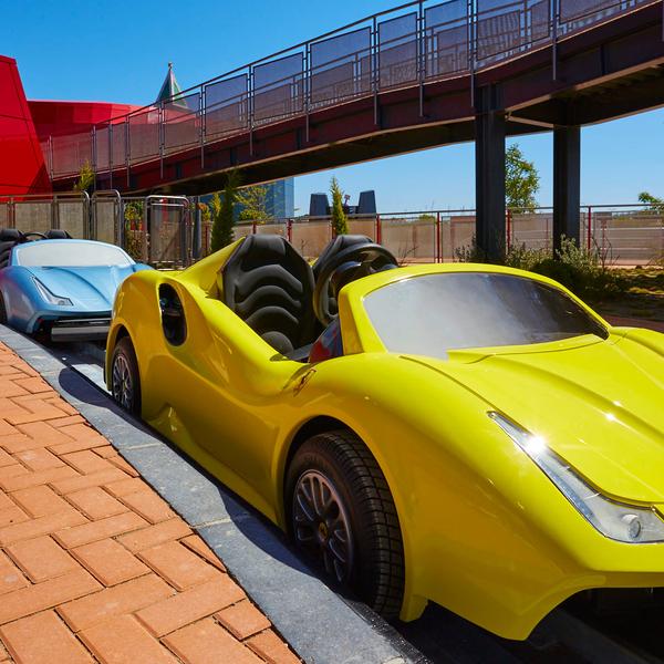 Maranello Grand Race Ferrari Land