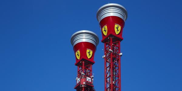 Freifallturm mit Rebound Ferrari Land