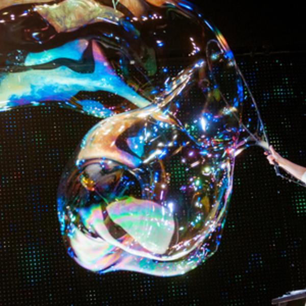 Espectáculo Navidad Winter Magic Bubblebou