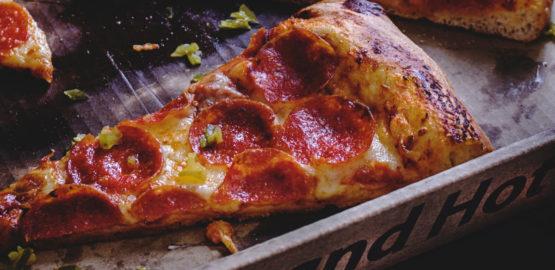 Zakaz palenia drewnem w pizzeriach