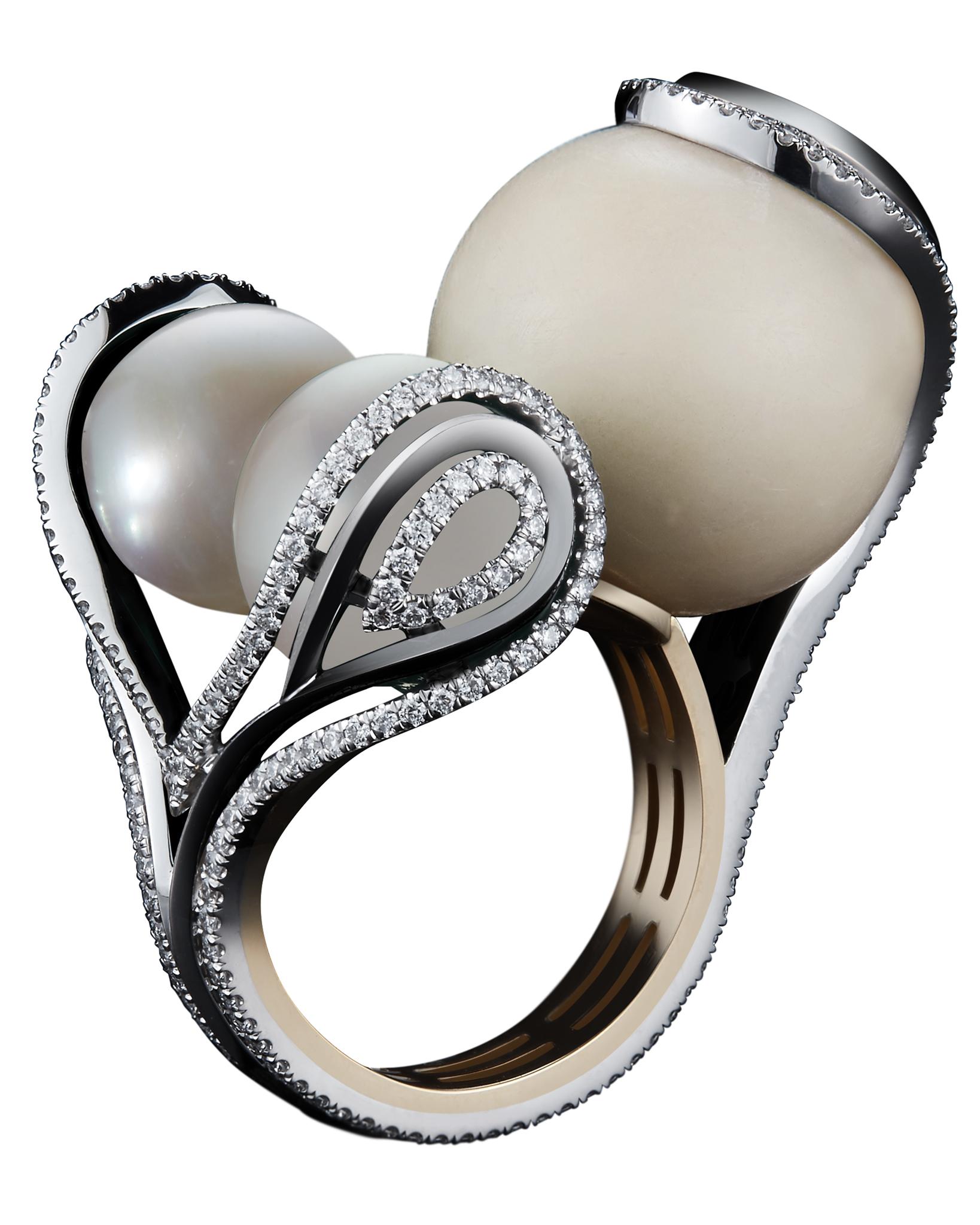 Alexandra Mor ring