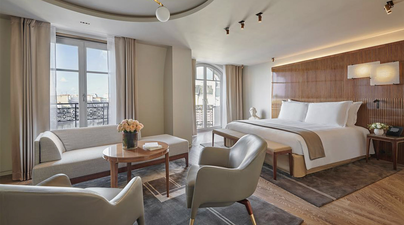 THE PRESIDENTIAL 'CARRÉ RIVE GAUCHE' SUITE WITH TERRACE