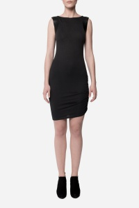 Tindi – Fitted Dress with Details