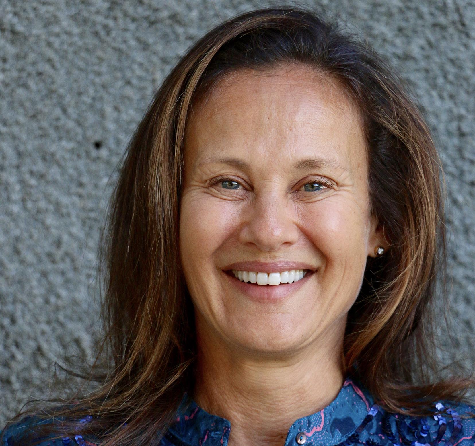 ANDREA KERZNER Founder of Lalela scarf