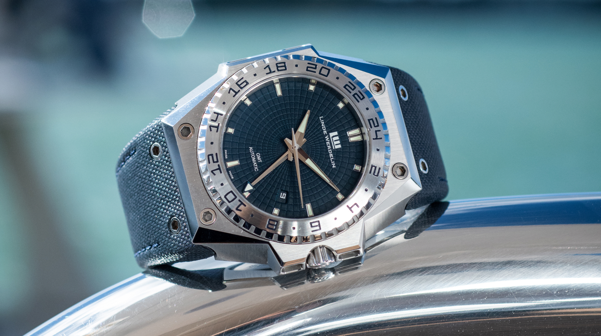 Linde Werdelin watch blue