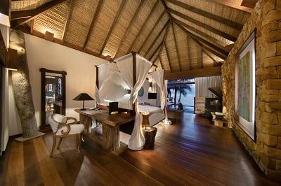 Oceanview-Villa-interior-design-Cyril-Eberle