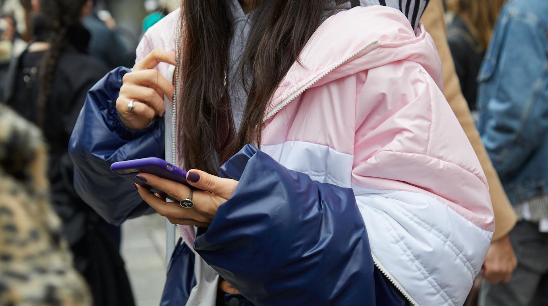 Mode durable : quelle(s) application(s) choisir pour s'habiller plus consciemment ?