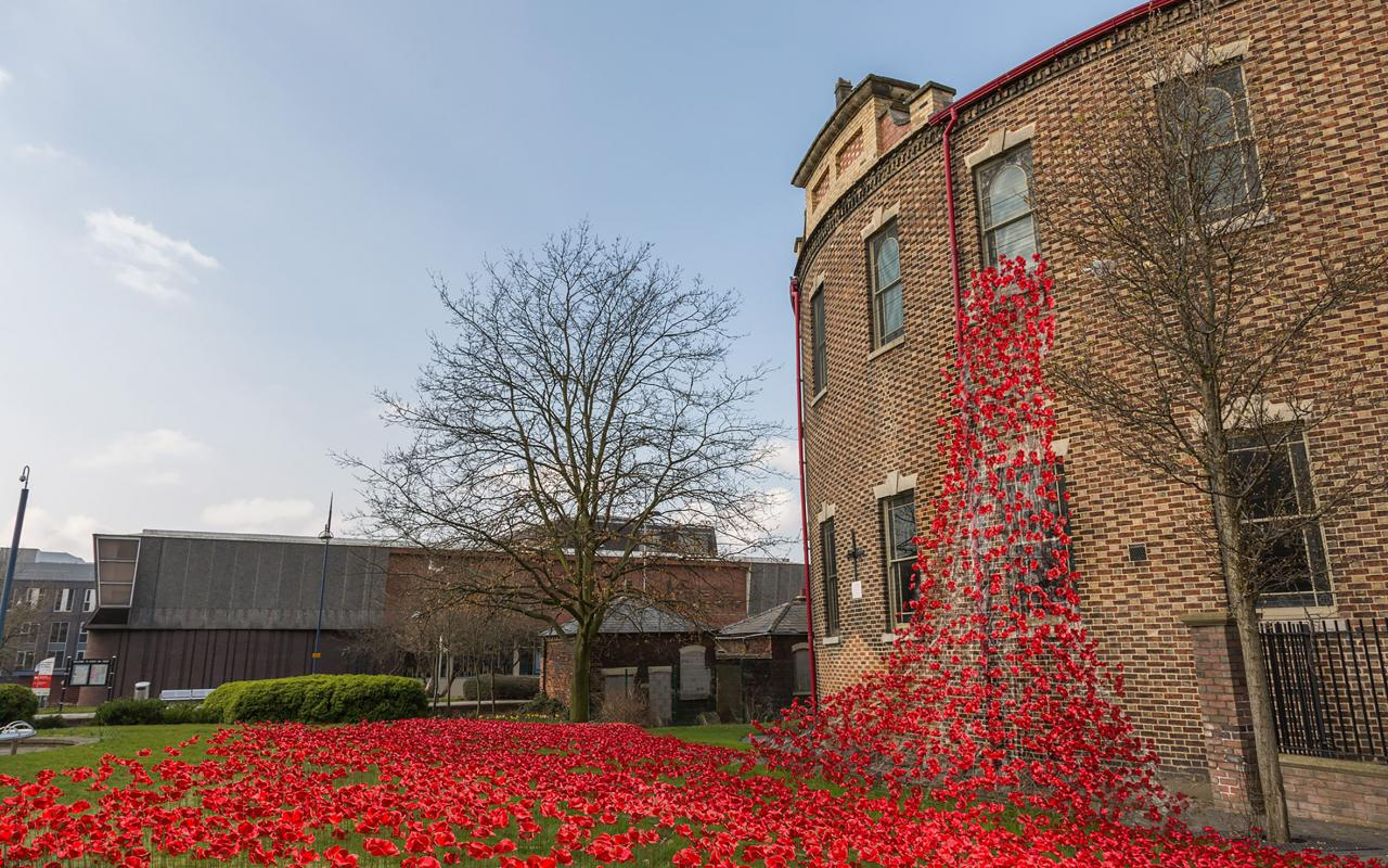 Stoke-on-Trent Tower Poppies bid update & Stoke-on-Trent Tower Poppies bid update :: Potclays Studio