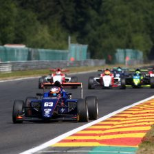 British F3 heads to Brands Hatch