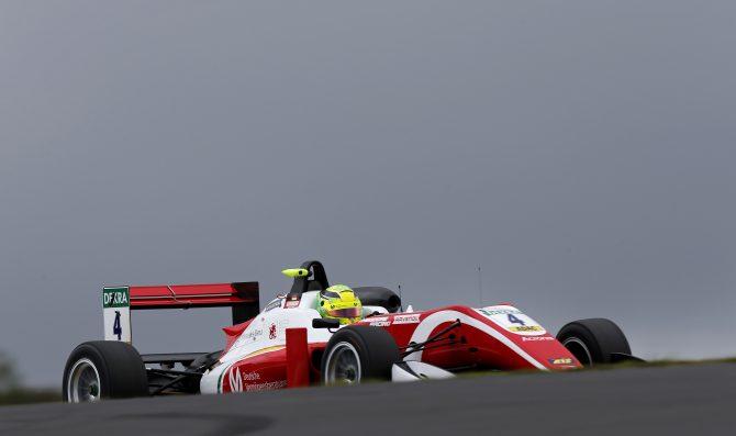 Schumacher vince ancora