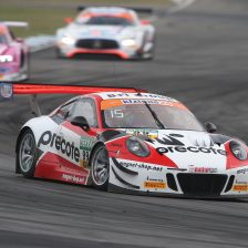 Renauer's Porsche takes pole for Race 1