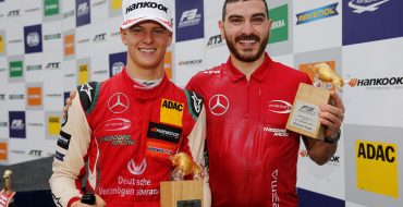 Four driver pairs in fight for title