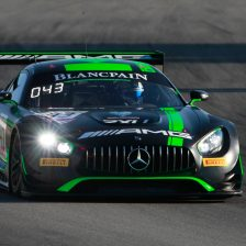 Strakka Mercedes fastest in Barcelona