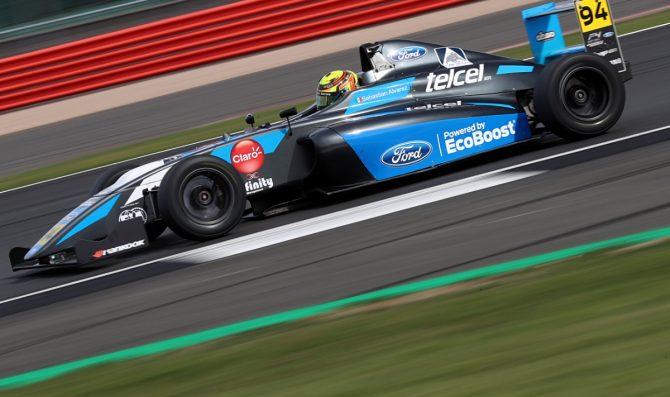 Double R Racing confirms Alvarez