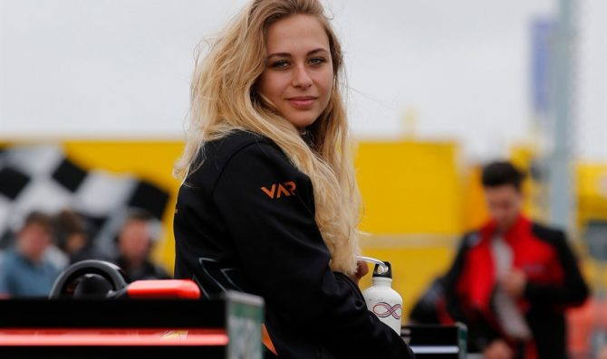 Sophia Florsch nel Formula Regional
