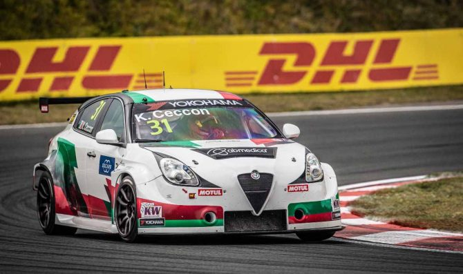 Romeo Ferraris al Nurburgring