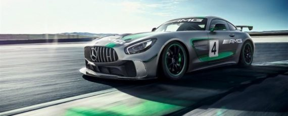 V-Action con due Mercedes GT4