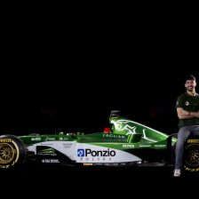 Ponzio in Boss GP con la Jaguar F1